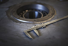 kts-azubi-industriemechaniker-messen-lehre.jpg